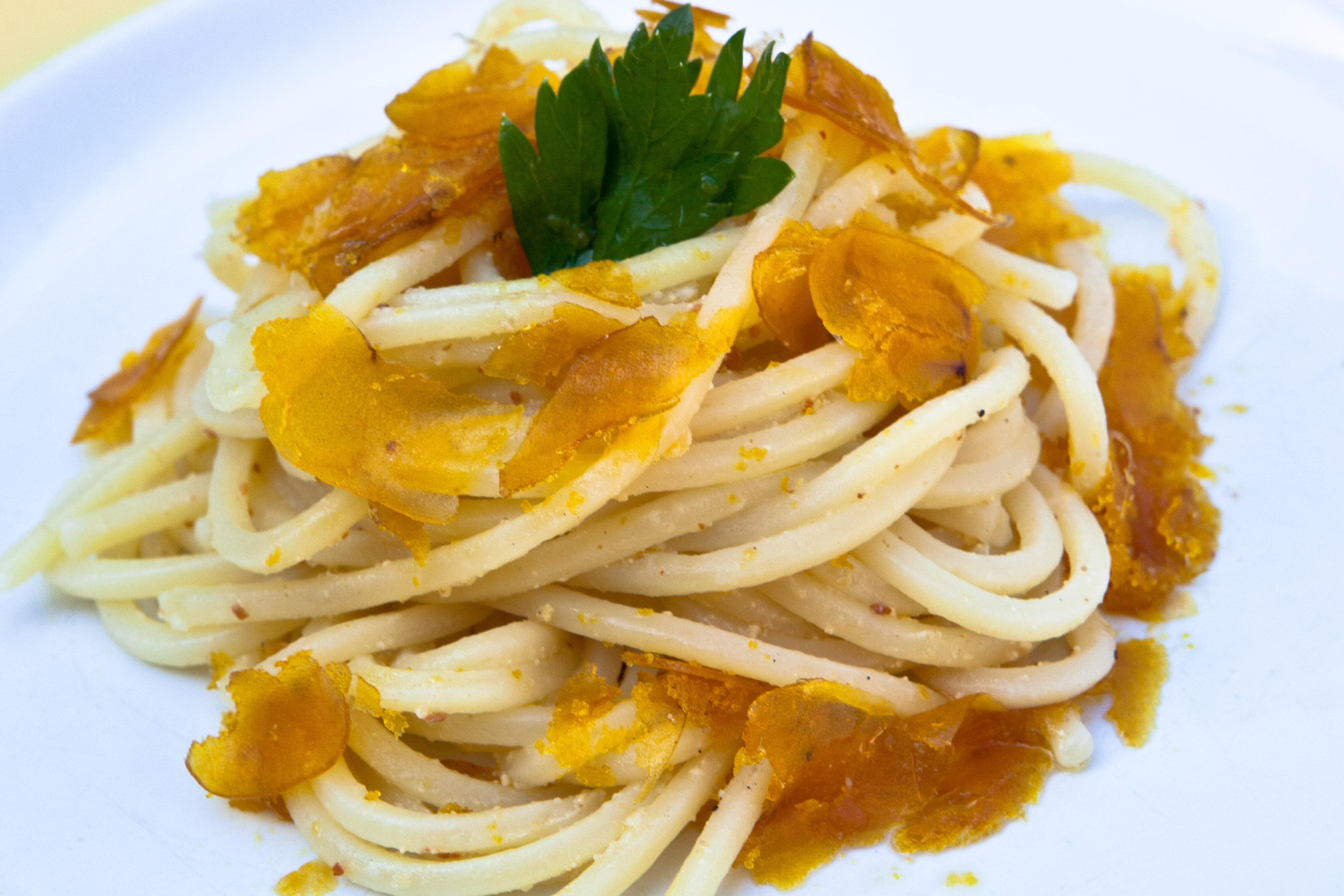 spaghetti alla bottarga di spaghetti con bottarga di spaghetti fatto